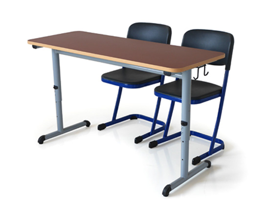 level height adjustable table