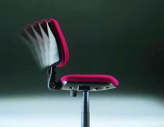 B8 staff chair