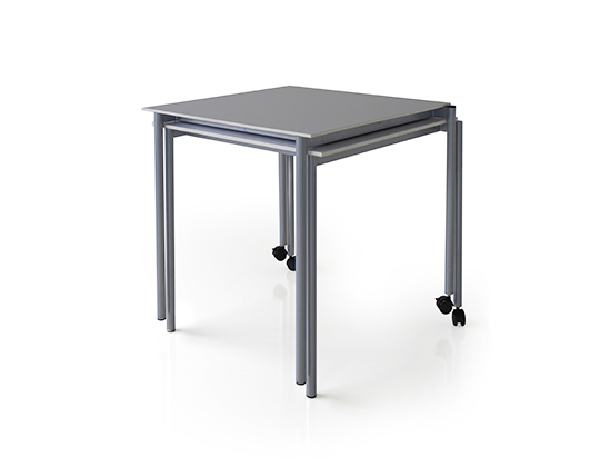 lean mobile nesting table
